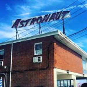Astronaut Motel