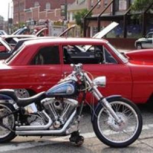 American Muscle Cars & Bikes