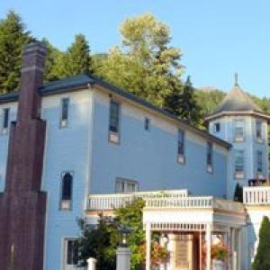 Alexander's Country Inn