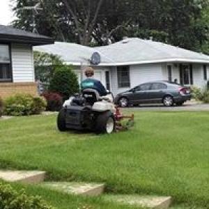 Rettmann Lawn Service