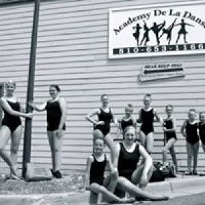 Academy De La Danse