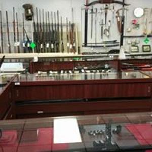 19th Hole Pawn Shop