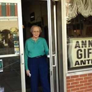 Ann's Gifts & Antiques