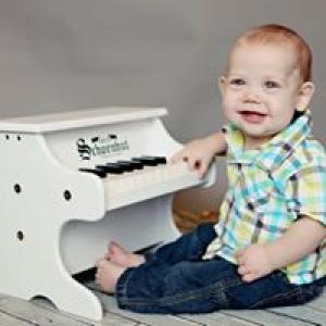 Schoenhut Piano