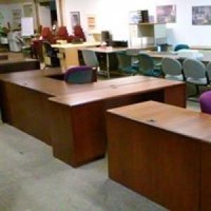 B & H Office Furniture