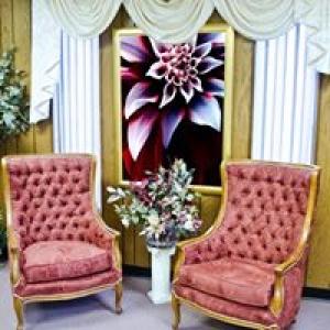 Alexas Custom Upholstery