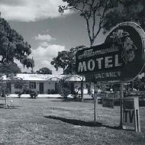 Allamanda Motel