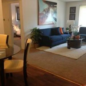 Knollwood Apartments