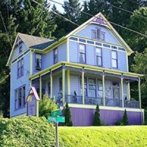 Astoria Inn Bed & Breakfast
