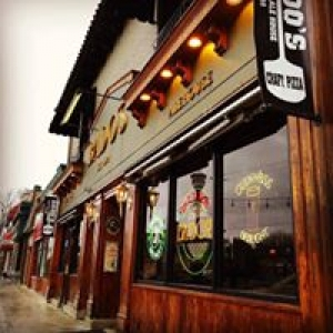 Bado's Pizza Grill & Ale House