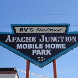 Apache Junction Mobile Homes Park