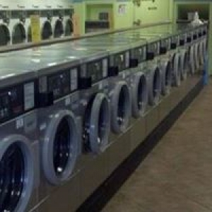 A & A Coin Laundry