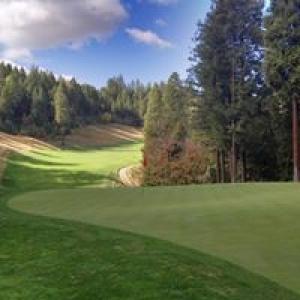 Apple Mountain Golf Resort