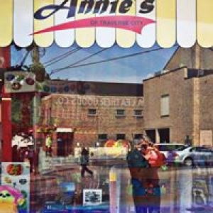 Annie's of Traverse City