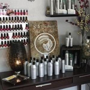 3's Company Hair & Nails