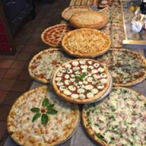 Avicolli's Pizzeria & Restaurant