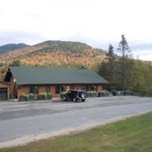 Baxter Mountain Tavern