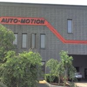 Auto-Motion